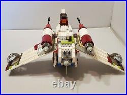 LEGO 7163 Star Wars Episode II Republic Gunship & Minifigures Jedi Bob