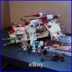 LEGO Star Wars 2008 Republic Attack Gunship Complete with Minifigures 7676
