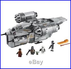 LEGO Star Wars 75292 The Mandalorian The Razor Crest Preorder The Child