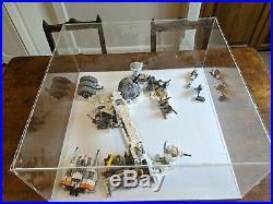 LEGO Star Wars UCS Millenium Falcon 75192 Display Case / Model Display