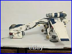 Lego Star Wars Republic Dropship and AT-OT Walker# 10195 complete withall minifigs