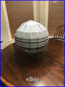 Lego Star Wars Set #10143 UCS Death Star II