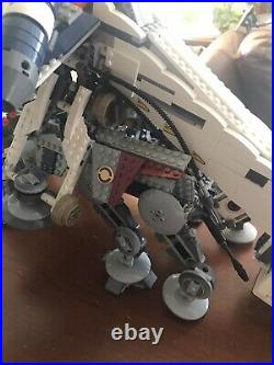 Star Wars Lego 10195 Republic Dropship with AT-OT