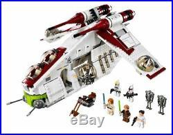 Star Wars Republic Gunship Lego replica (1147 pieces)