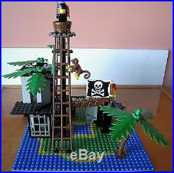 Vintage LEGO Pirates 6270 FORBIDDEN ISLAND Complete with Instructions 1989